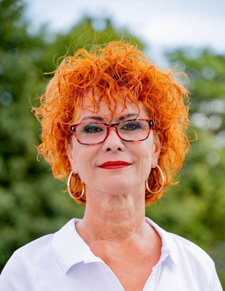 ZUZANA VANKOVÁ